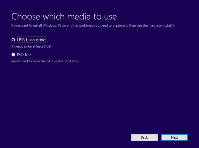 Select the option 'USB flash drive'