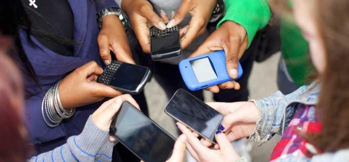 Hyderabad Teenagers Using Internet Rapidly