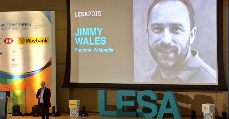 Wikipedia Founder Jimmy Wales Rush For China to Unblock Website