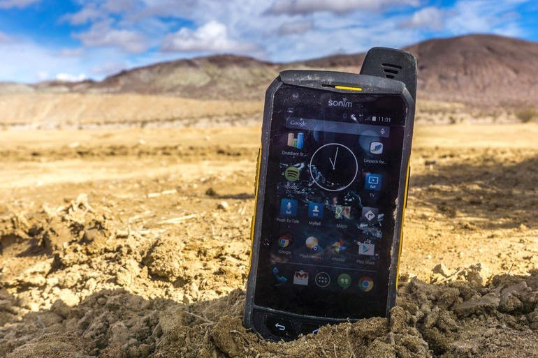 Smartphone at Journey in Extreme Weather