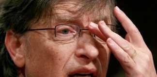"Bill Gates Denies Reports Saying ""He Backs FBI"" in iPhone ""Backdoor"" Row"