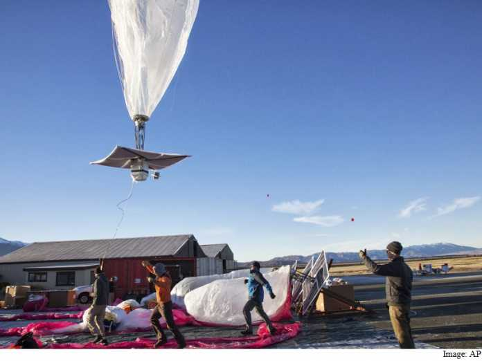 Google 'Project Loon' Balloon Makes Debut In Sri Lanka for Internet Tests