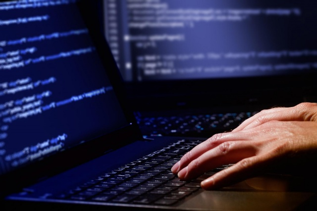 Hackers Can Type on Your PC through Flaw in Wireless Mice and Keyboard