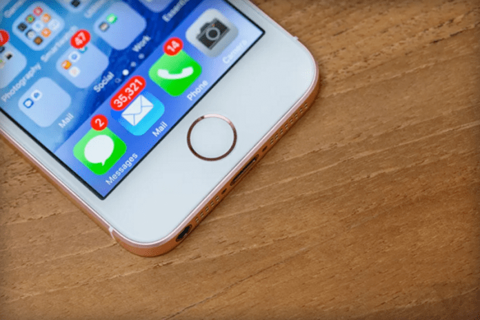 Apple Claims That Average iPhone is Unlocked 80 Times in a Day