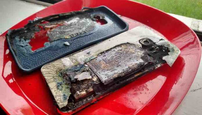 Samsung Galaxy S6 Edge Plus Catches Fire, Burns With Terrible Fumes