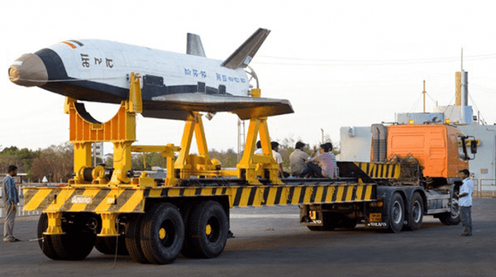 India Launches Reusable Mini-Shuttle To Space