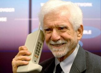 The First Cell Phone Call Was Made on Motorola Phone in 1973, it weighed 1.1Kg