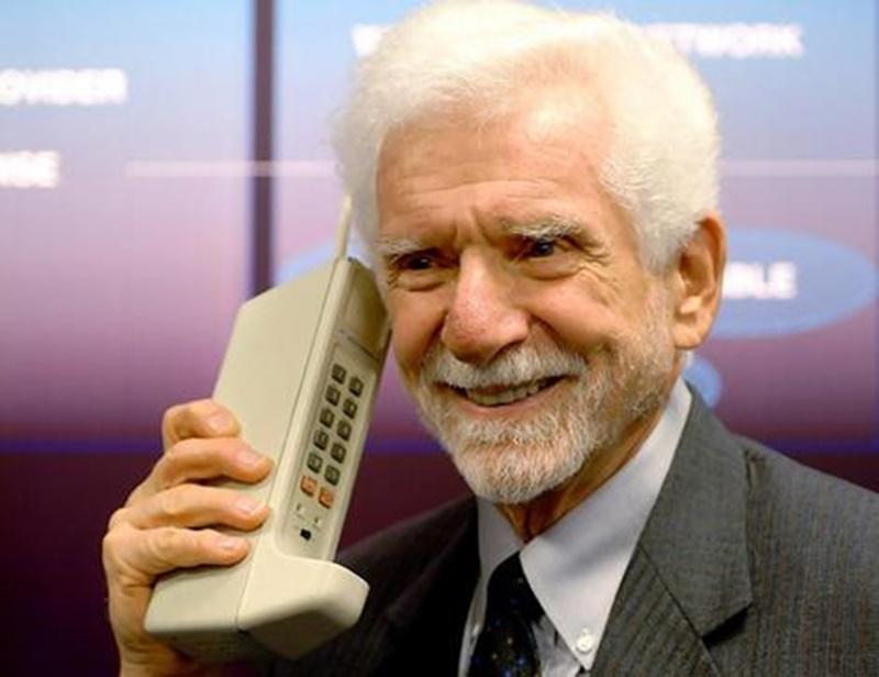 Mobile call first ever made phone Ahoy! Alexander