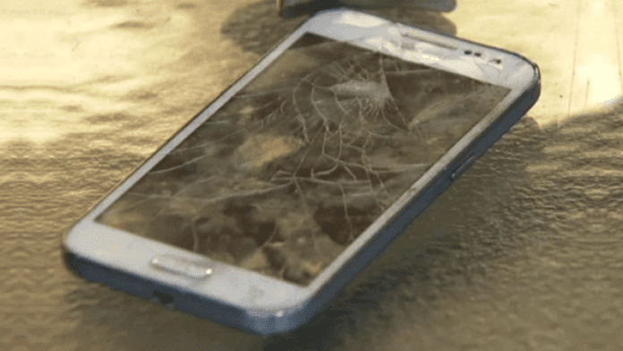 A Samsung Galaxy Core Prime Explodes In a Little Boy's Hands