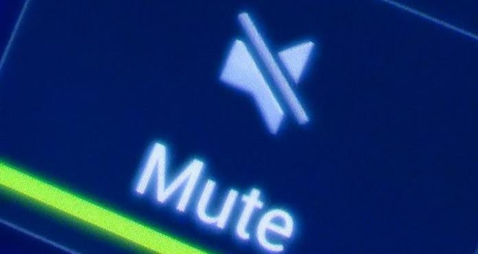 Auto-Mute Group Chat Notifications Before They Get Annoying