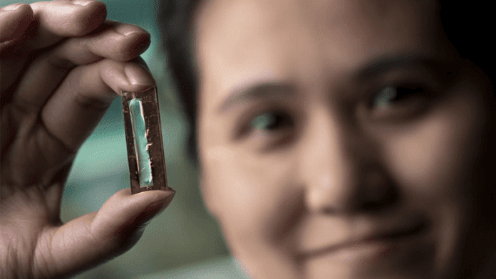 Researchers Accidentally Invent A Battery That Lasts Forever