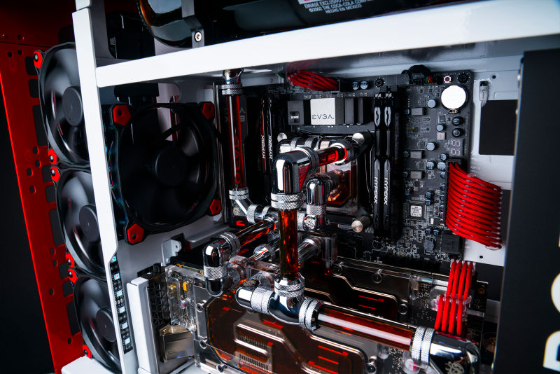 Maingear Creates a Powerful Custom PC! It Will Satisfy Your Gaming Thirst