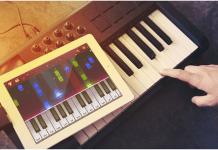 Piano By Gismart Outrun Candy Crush Saga