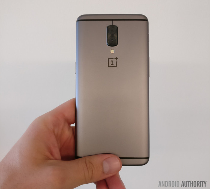 OnePlus 5 1 - Exclusive: OnePlus 5 Image Leak Points To Dual Rear Camera Setup