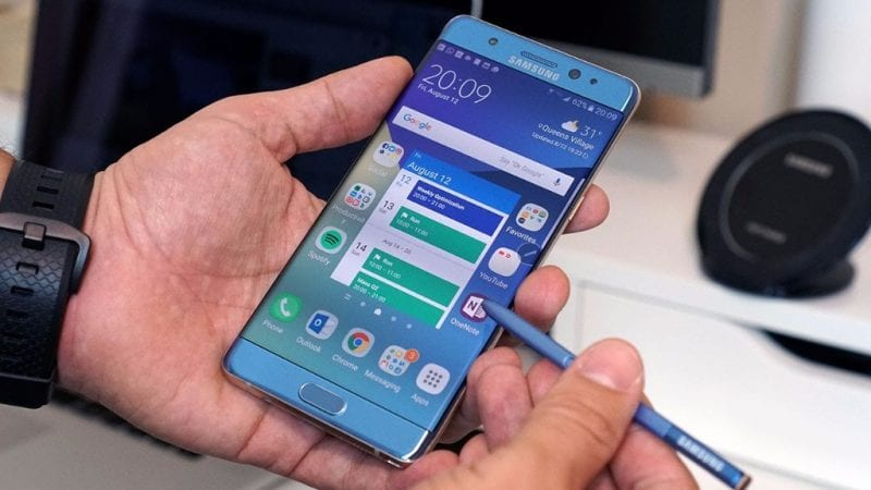 Galaxy Note 8 Specs – Dual Micro SD Slots and 3800 mAh Battery 1 - Samsung Brings Back Galaxy Note 7 As Galaxy Note Fan Edition