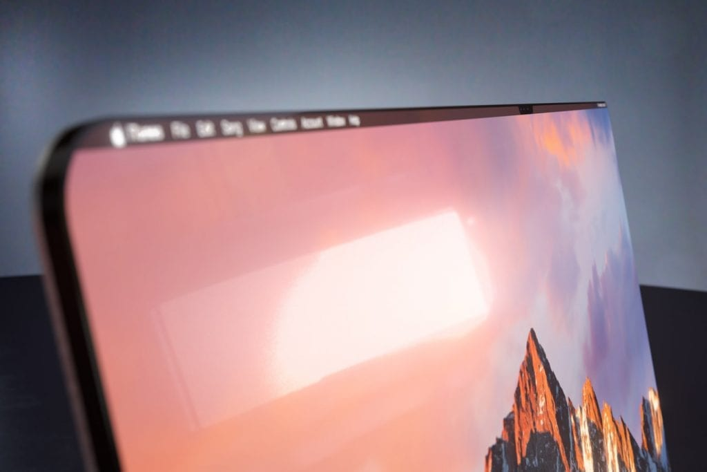 IMG 8 1024x683 - VIDEO: What If Apple Would Make Everything Bezel-Less?