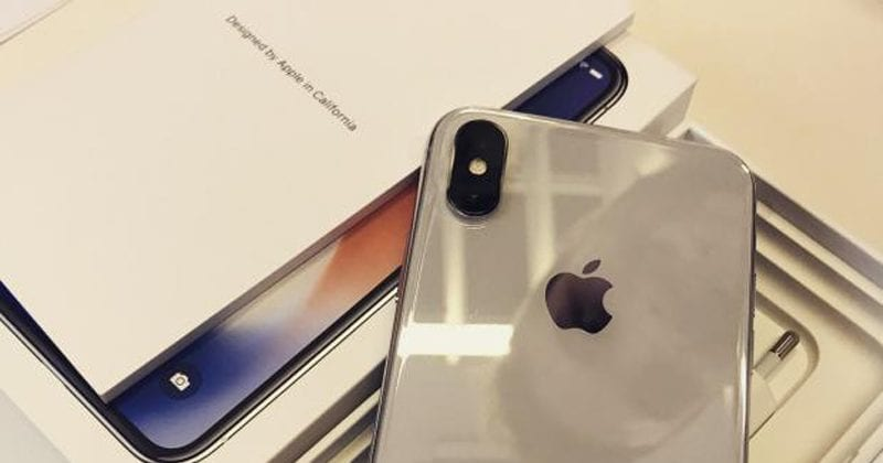 iPhone X Unboxing Video Leaked Online!
