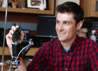 This Electronic Skin Allows User Of Prosthetic Hand To Feel Pain