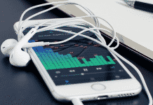 How to Optimize your iPhone's Music Storage to Automatically Free Up Space